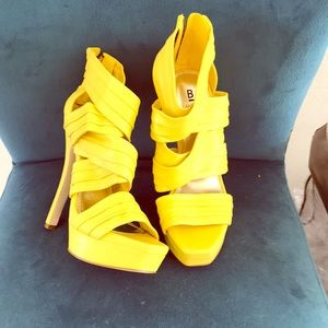 Yellow ankle straps platforms